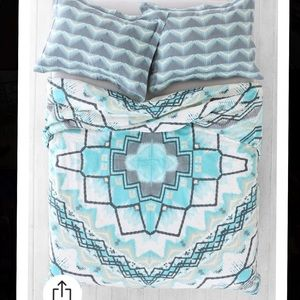 Urban Outfitters Duvet Cover full/queen